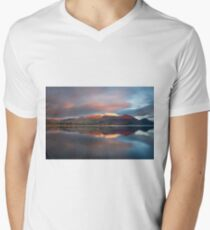 Sunset over the white summit of Skiddaw in the English Lake District V-Neck T-Shirt