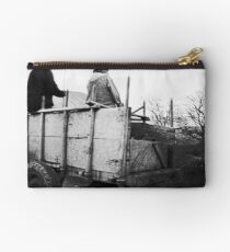 Old Horse and Buggy Studio Pouch