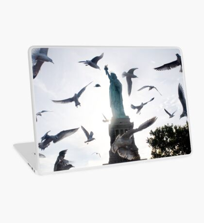 Statue of Liberty with Birds: NYC Laptop Skin
