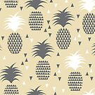 Pineapple Love by papercanoe