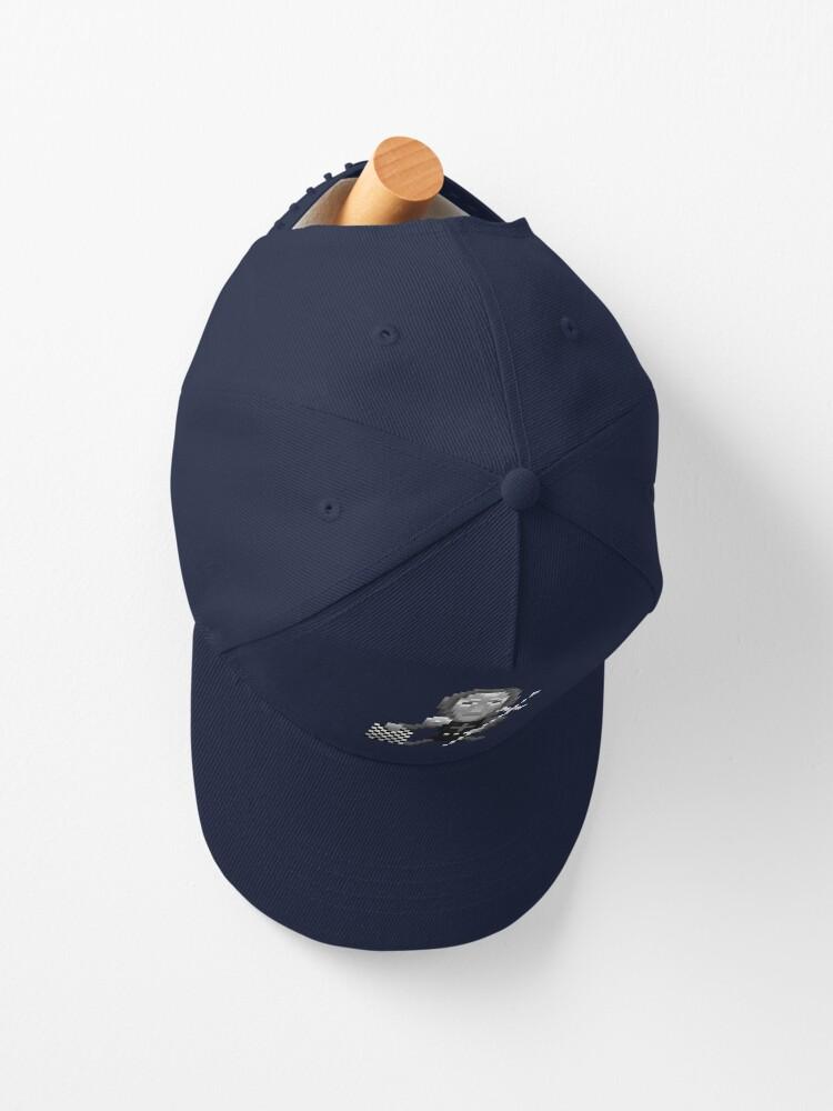 Alternate view of The returning crusader Cap