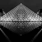 Louvre Pyramid 006 by agu-photos