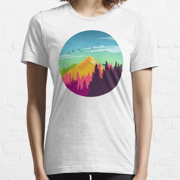 Paysage naturel coloré: scène de montagne et de forêt avec des oiseaux heureux T-shirt essentiel