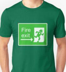 Cactuar Escaped! (w/ face) T-Shirt