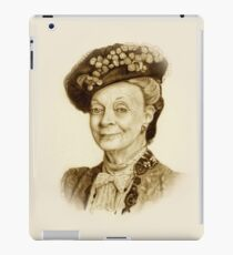 Downton Abbey, Maggie Smith Pencil Portrait, Sepia, Dowager Countess iPad Case/Skin