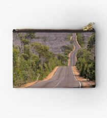 The road Studio Pouch