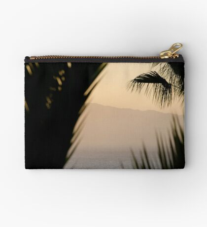 Abstract - Los Gigantes Zipper Pouch