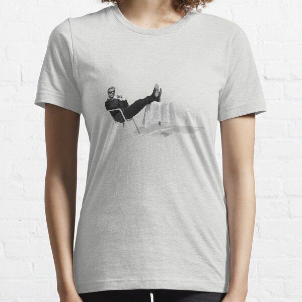 Marcello Mastroianni takin' it easy Essential T-Shirt
