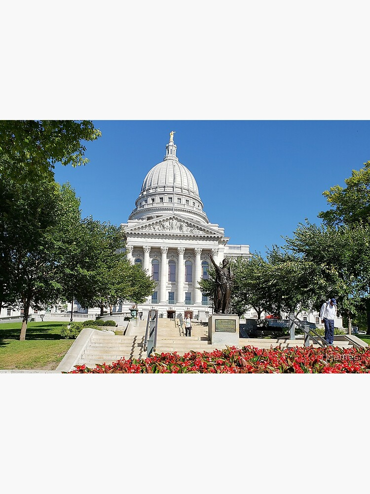 Capitol Building Madison Wisconsin from State Street by rvjames