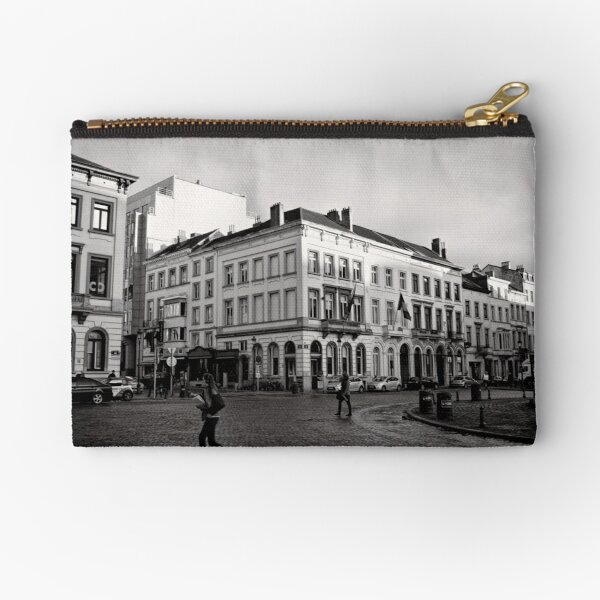 Crossing Luxembourg Square - Brussels Zipper Pouch