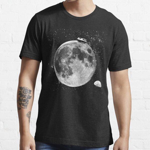 Düdo on the Moon Essential T-Shirt