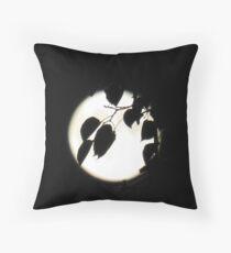 Vollmond - leuchtender Mond - bei Nacht - Dunkelheit Kissen