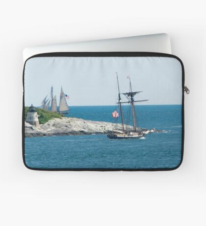 Around the Point and Out to Sea Laptop Sleeve