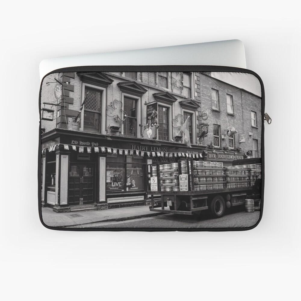 Precious cargo for a pub - Dublin Laptop Sleeve