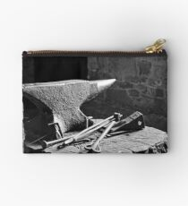 At the blacksmith's Studio Pouch