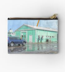 Police Station at Potter's Cay in Nassau, The Bahamas Studio Pouch