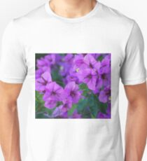 Bougainville in purple T-Shirt