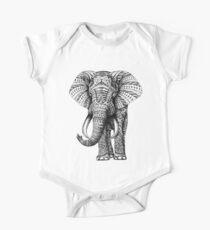 Verzierter Elefant Baby Body Kurzarm