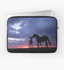 Horses in Love 2 Laptop Sleeve