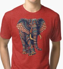 Verzierter Elefant v2 (Farbversion) Vintage T-Shirt