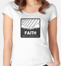 Faith Moves Mountains Women's Fitted Scoop T-Shirt
