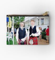 Redlands Sporting Club Pipe Band at Whepstead Manor Studio Pouch