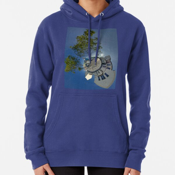 Cow Parade Panorama - Shirt Factory Horn, Derry Pullover Hoodie