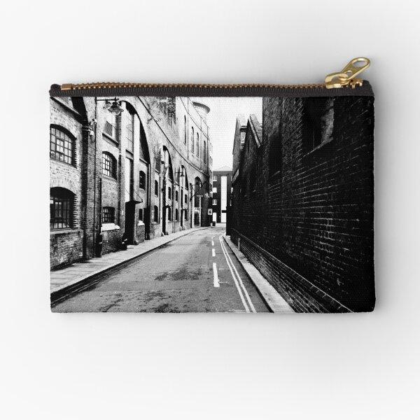 London docks Zipper Pouch