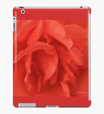 FRILLED RED ROSE MACRO iPad Case/Skin