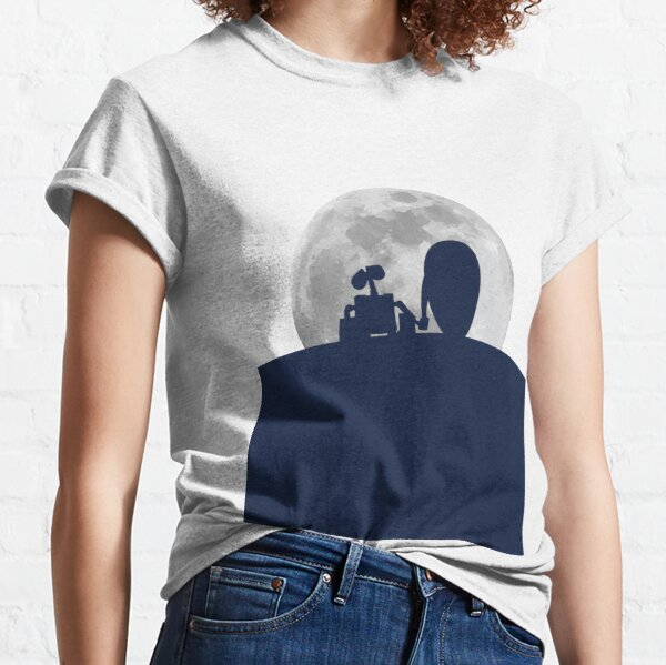 Wall•E and EVE in the Moonlight, Awwwww. Classic T-Shirt