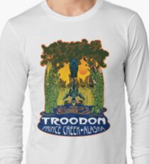 Retro Troodon in the Rushes (light-colored shirt) Long Sleeve T-Shirt