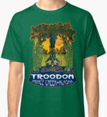 Retro Troodon in the Rushes (dark-colored shirt) Classic T-Shirt