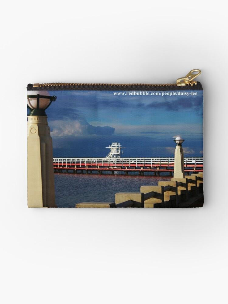 The Promenade Eastern Beach by daisy-lee