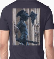 Perseus steps out of time Unisex T-Shirt