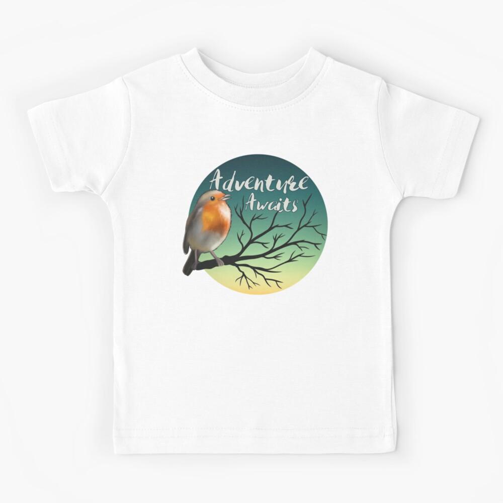 Adventure awaits - robin Kids T-Shirt