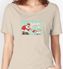 Xmas tug of war Women's Relaxed Fit T-Shirt