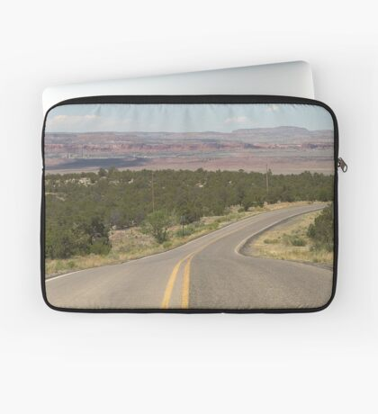 The Desert Road Is My Home Laptop Sleeve