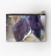 Ivy Leaves 2 Studio Pouch