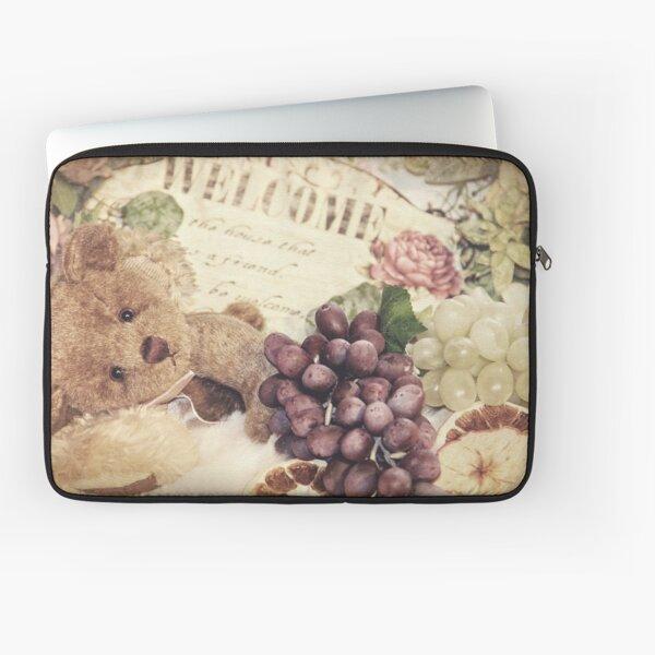Soft little bear Laptop Sleeve