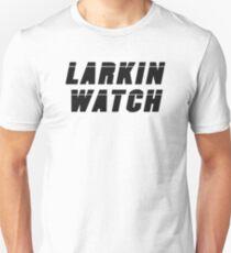 Camiseta ajustada Larkin Watch (negro) - Diseño de ventilador de rol crítico