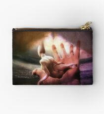 Dreaming peacefully Studio Pouch