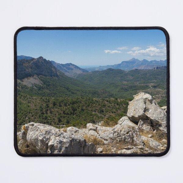 Blick auf eine wunderschöne Berglandschaft Mauspad