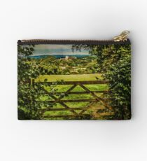 I Love To Walk In the English Countryside Studio Pouch