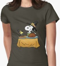 Snoopy Thanksgiving Women's Fitted T-Shirt