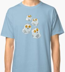 Snowy Owls pattern (Bubo scandiacus) Classic T-Shirt