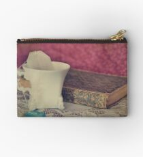 Tea & Book Studio Pouch