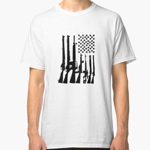 Gran bandera estadounidense con ametralladoras negro Camiseta clásica