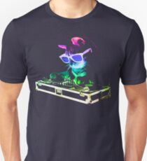 HOUSE CAT (Rainbow DJ Kitty) T-Shirt