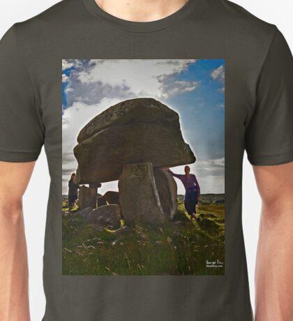 Kilclooney Dolmen, County Donegal T-Shirt