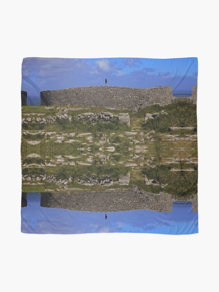 Alternate view of Dun Eochla Stone Fort - Inishmore Scarf